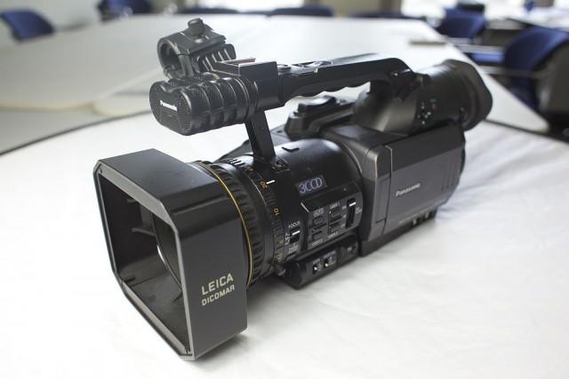 Panasonic_AG-DVX100
